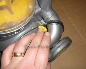 Dyson DC07 motor replacemnt guide